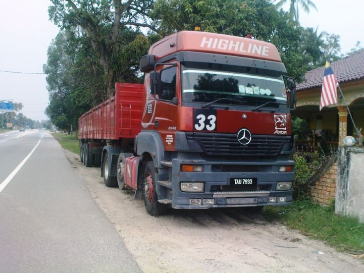 Mercedes Axor Highline Terengganu