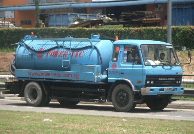 Power-VAC Industrial Services Pte Ltd Nissan Diesel UD Condor CPB14 Sewerage Sludge Vacuum Pump Tanker Truck