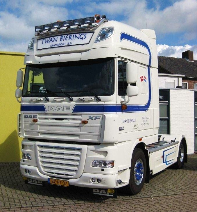 2011 DAF Truck FT XF 105