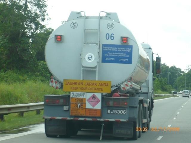 Mercedes Actros 4-axle tanker