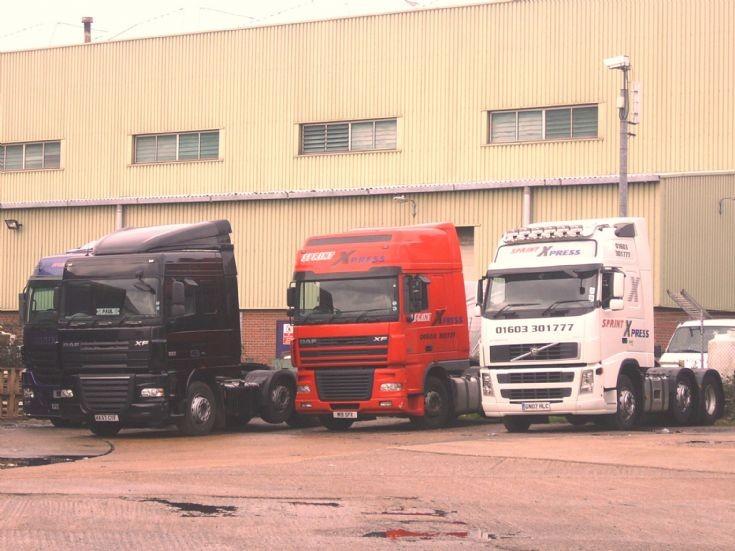 Daf' XFs & Volvo FH460