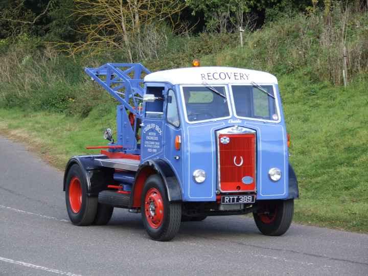 Restored Albion Recovery truck RTT 389