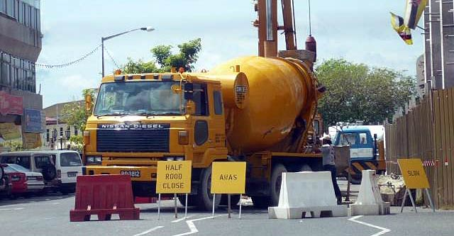 Nissan Diesel cement mixer at construction work