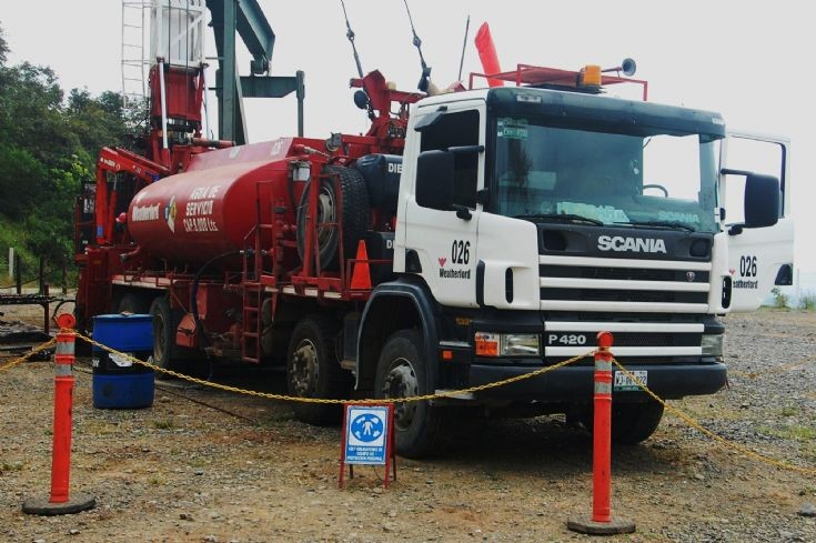 Scania P420 at oil well in Mexico