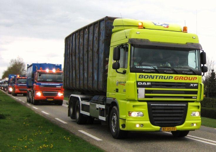 Bright 2007 DAF XF Truck
