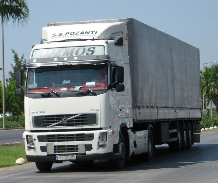 Volvo FH12 in Antalya, Turkey