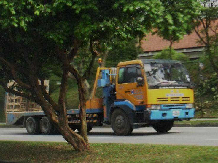 Nissan Diesel UD Big Thumb CD340 Series Self Loader Truck Hua Tiong (Asia) Pte Ltd