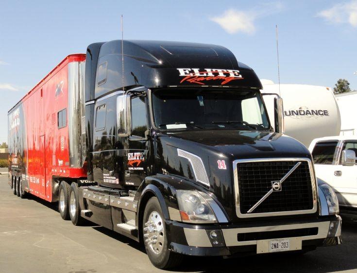 Truck Photos - Volvo Vn truck of Elite Racing