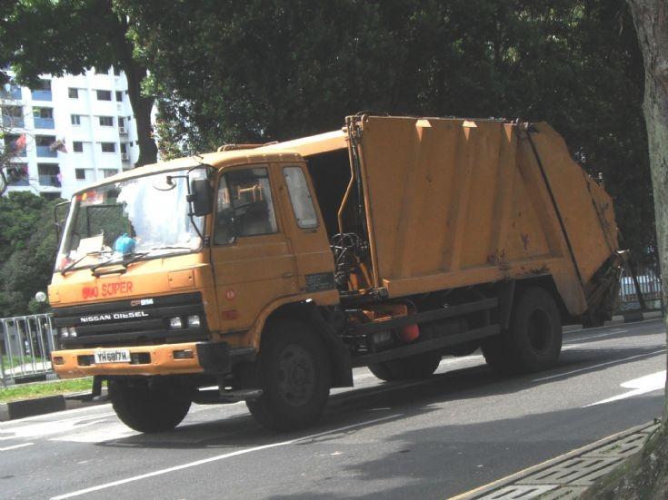 Nissan Diesel UD Condor CPB14 Series Refuse Garbage Truck 800 Super Waste Management Pte Ltd
