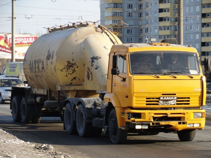 KAMAZ-55118