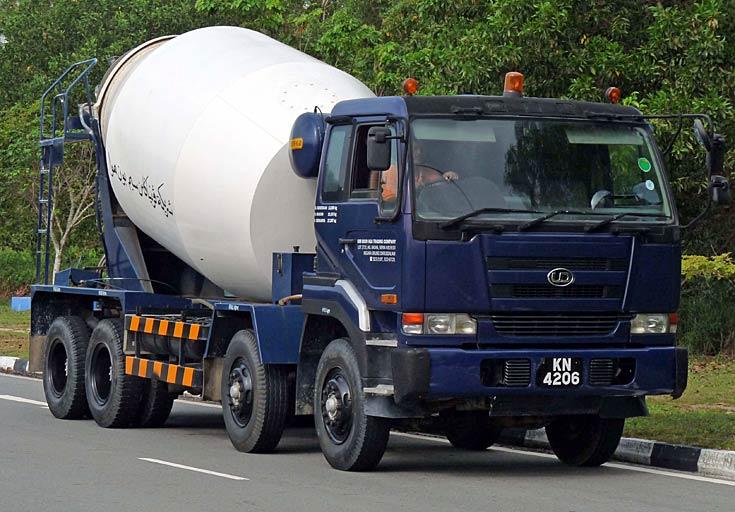 Truck Photos Nissan Diesel 4 Axle Cement Mixer Brunei