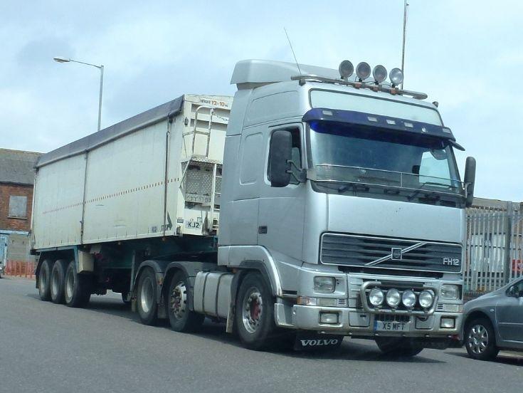 Volvo FH12                            X5 MFT