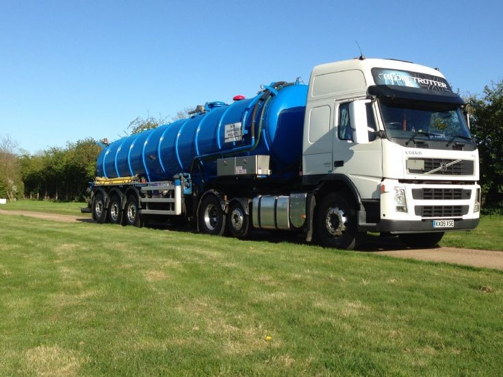 Truck Photos - Volvo Fm Anglian Water