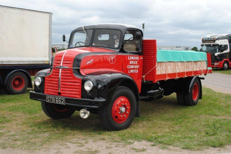 1952 Leyland Comet 90 - Brick Lorry