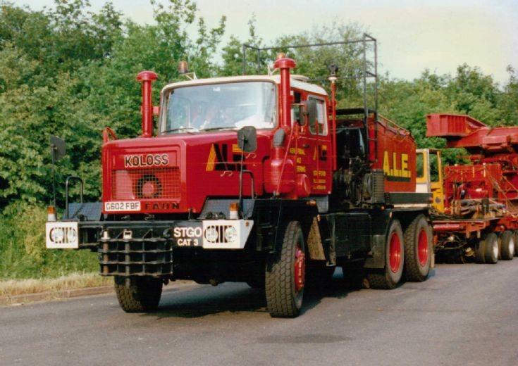 1990 Faun Koloss Heavy Haulage Tractor