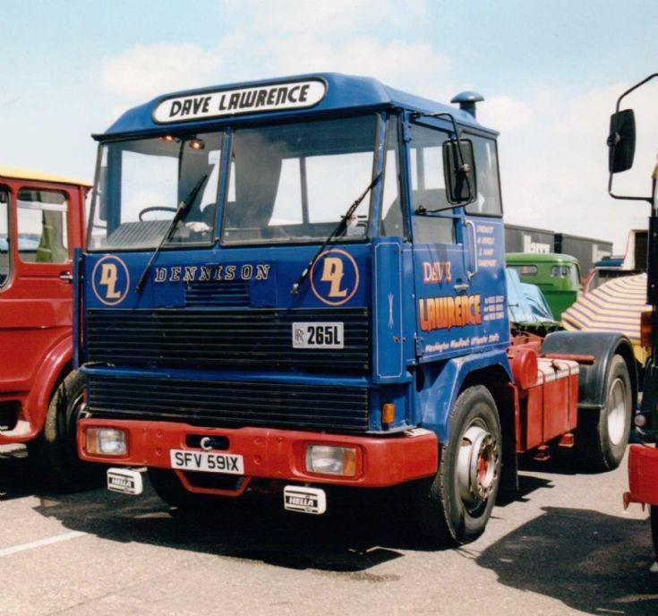 1979 Dennison 42RR Artic Tractor