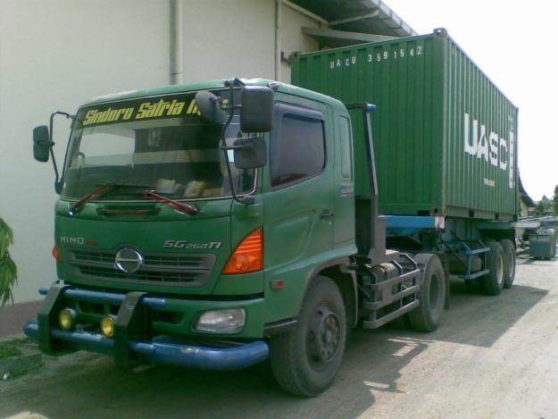 Hino Ranger trailer