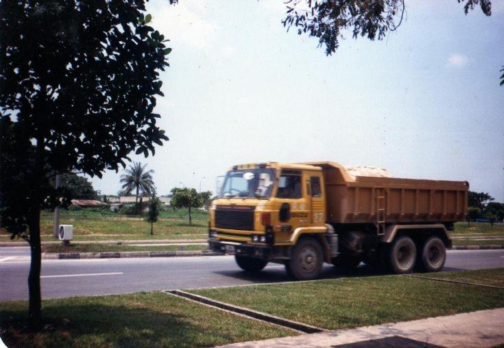 Nissan Diesel CW52 dump truck