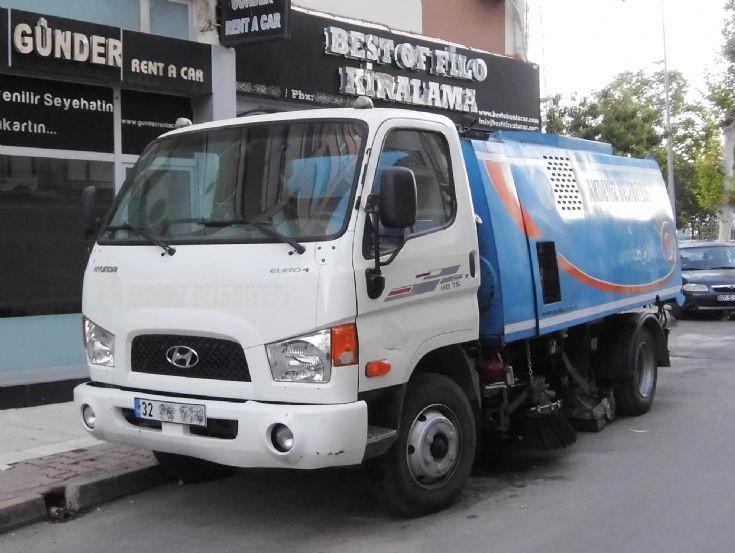 Hyundai HD75 Sweeper