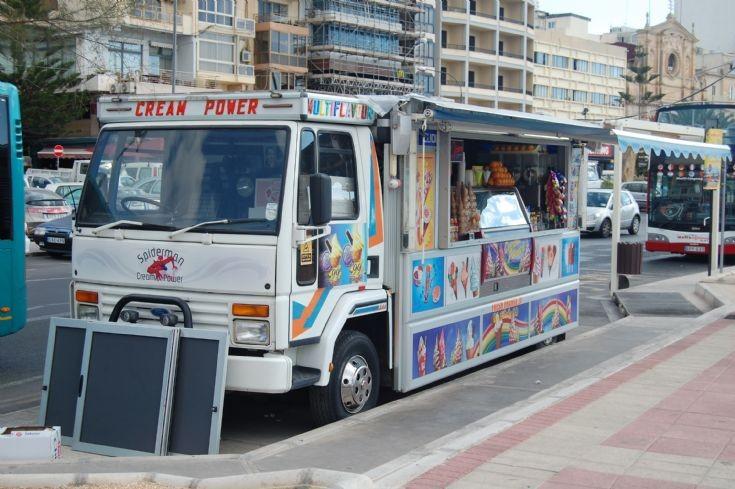 Truck Photos - Ford Cargo Ice Cream Van in Malta