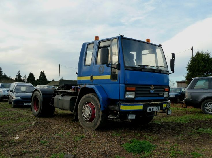 1990 Ford Cargo tractor unit