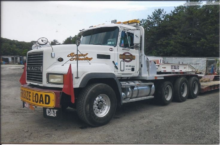 2005 CL700 Mack
