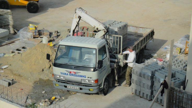Hino FC mobile crane truck