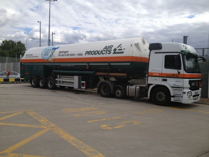 air products hydrogen tanker