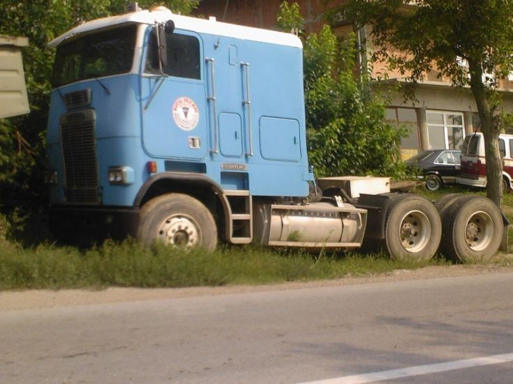 Freightliner WFT