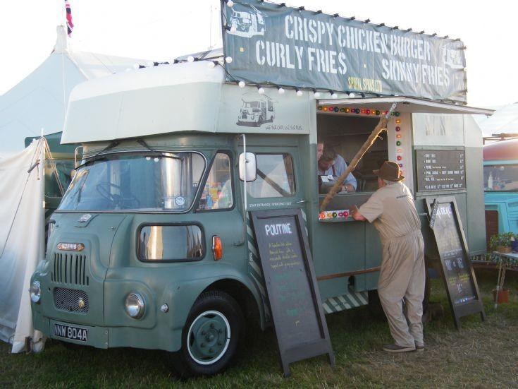Morris lorry