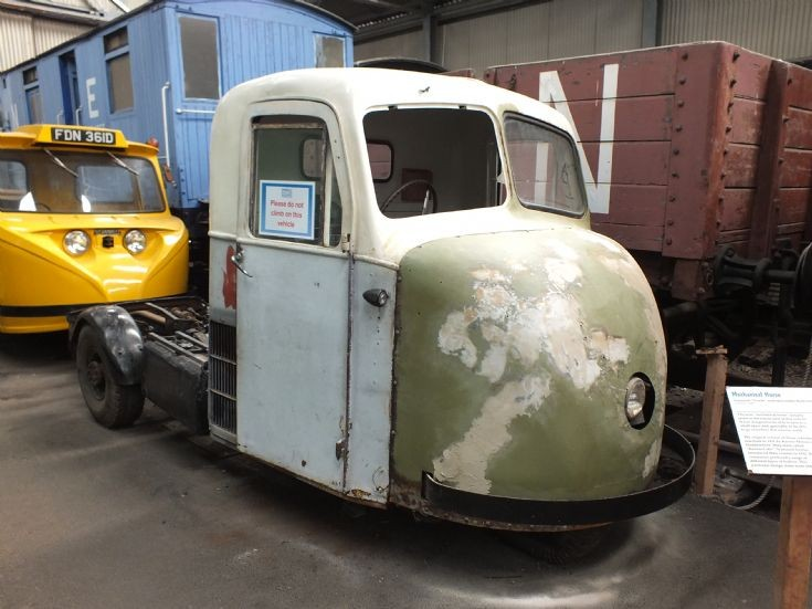 Part restored Scammell Scarab