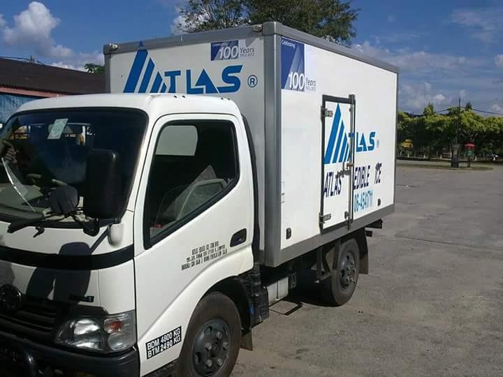 Hino 300  ATLAS EDIBLE ICE TRUCK