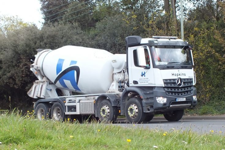 Mercedes Arocs - Hopkins concrete mixer