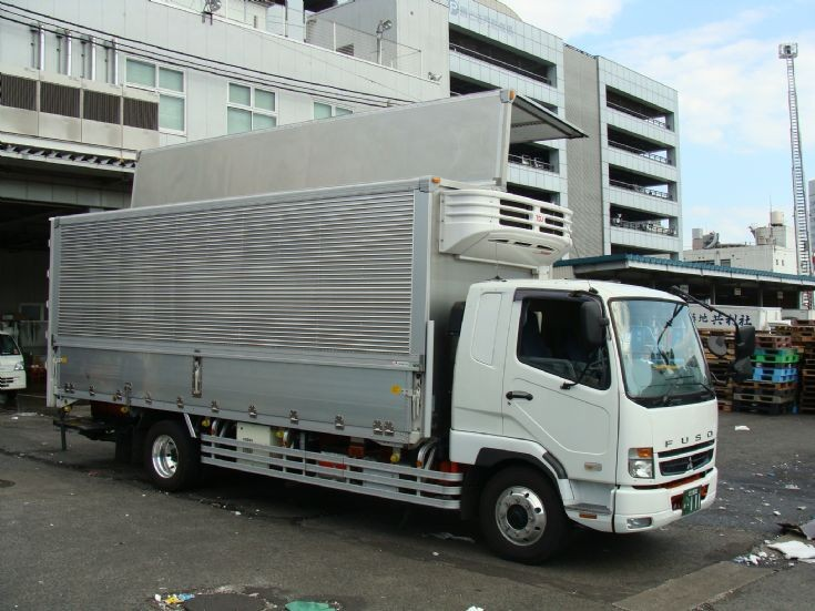 Mitsubishi Fuso Refrigerated transportation Truck spotted at the Tokyo Fish Market