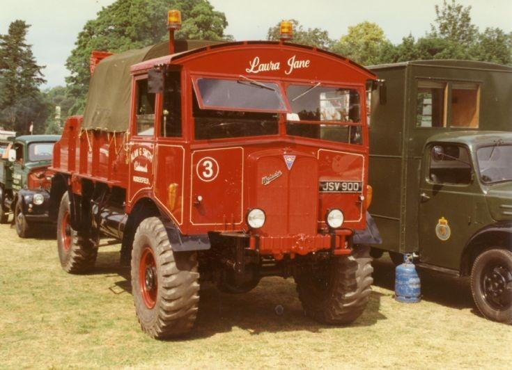 1940s AEC Matador 4x4 breakdown truck 'Laura Jane'