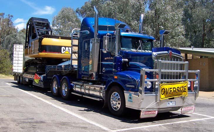 Millars Transport Kenworth T404ST with excavator
