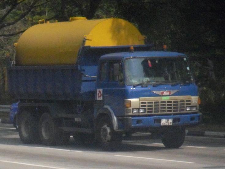 Samwoh Resources Pte Ltd FS Hino Super Dolphin Dump Truck