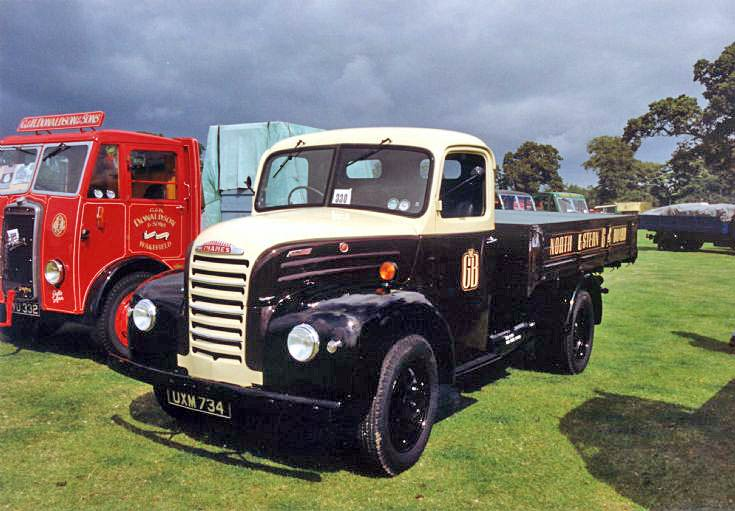 1954 Ford Thames 5 ton truck in the colours of North Eastern Gas Board