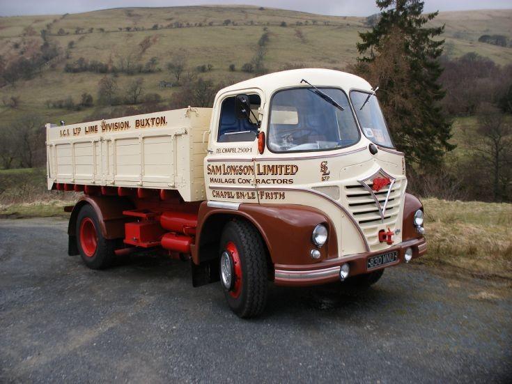 Sam Longson Foden lorry