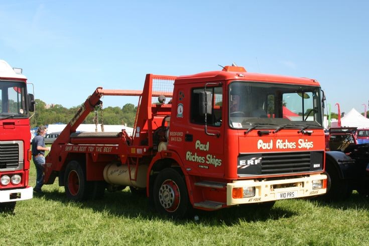 1998 ERF EC6 lowline Skip loader at Belvoir Castle rally