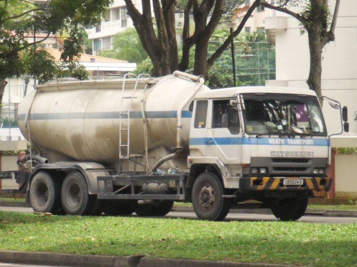 Mitsubishi Cement Plant : Truck photos ready transport pte ltd mitsubishi fuso