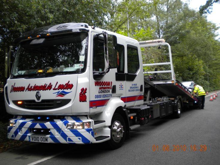 Renault 220 Recovery Truck belonging to Vroooom Automotive