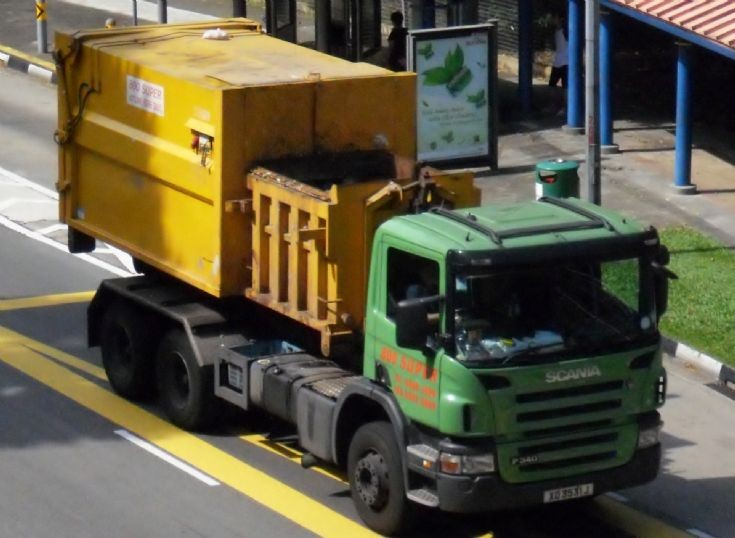 800 Super Waste Management Pte Ltd Scania P340