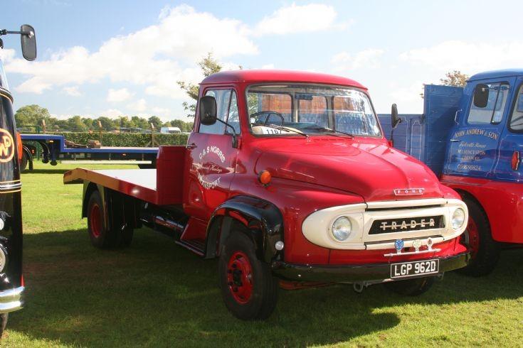 Omurtlak48 Ford Trader