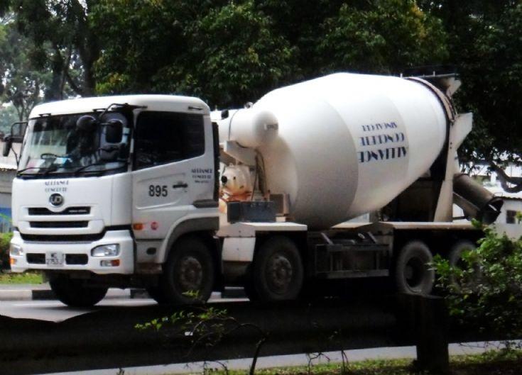 Alliance Concrete Singapore Pte Ltd Nissan Diesel UD Quon UD330WM SR 4-Axle Ready Mixed Concrete Truck