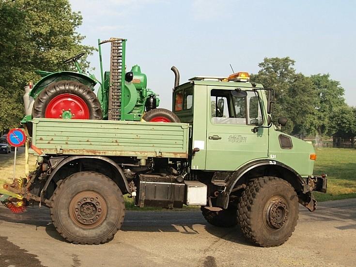 Unimog 1700 truck