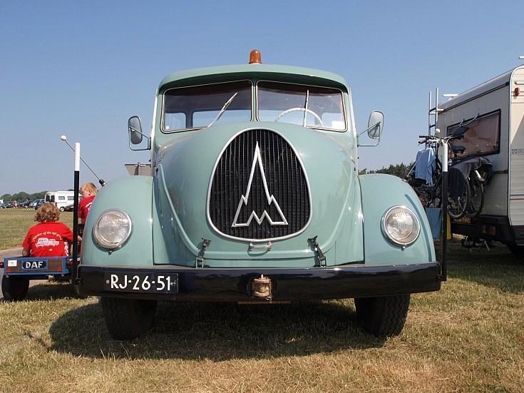 Magirus-Deutz SH3504 truck