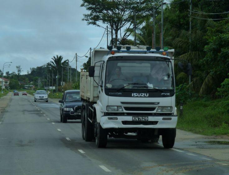 Photo of Isuzu FVZ Deca dump truck