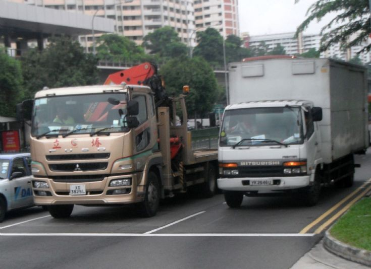 Ley Choon Constructions and Engineering Pte Ltd Mitsubishi Fuso Super Great FH517FDR Self Loader Truck