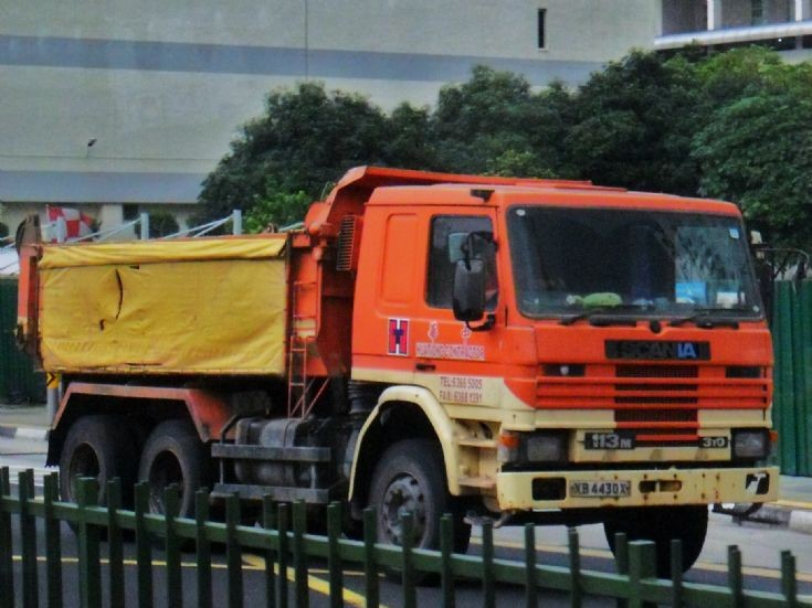 Hua Tiong Contractor old Scania 113M 310 Dump Truck